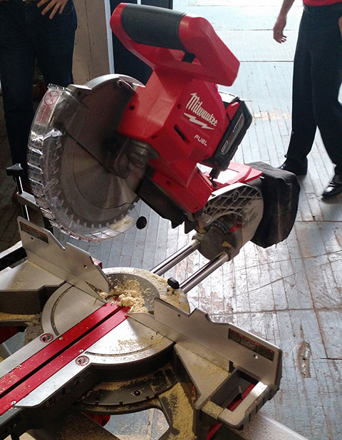 10in cordless miter saw