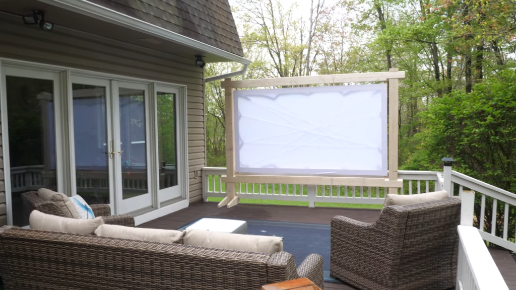 Diy Outdoor Movie Screen Movies Theater At Home Maker Break S1e16 Belts And Boxes