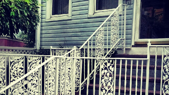 E20 Exterior Iron Railing with Maple Leaves
