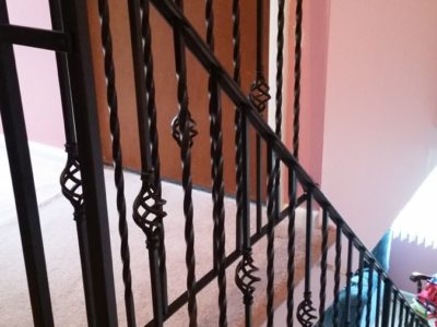 I1 Basket Weave And Twisted Picket Railing