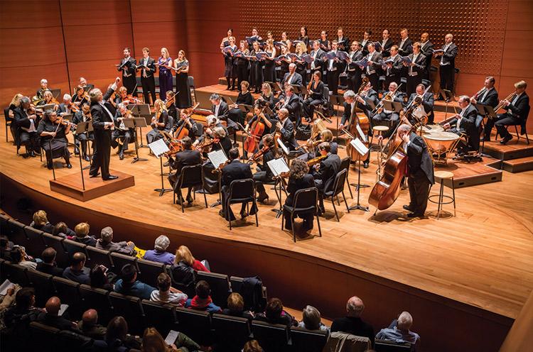 Thomas Crawford conducting the ACO Orchestra and the ACO Chorus