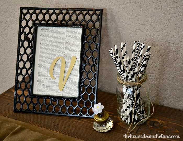 This project, Personalized DIY Family Initial Art, is a quick and easy project that's SO versatile! Get the full tutorial on the blog! | The House Down the Lane