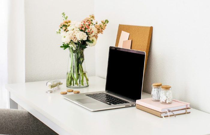 15 Easy Ways to Store Extra Office Supplies