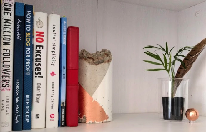 DIY Concrete Colorblock Bookends