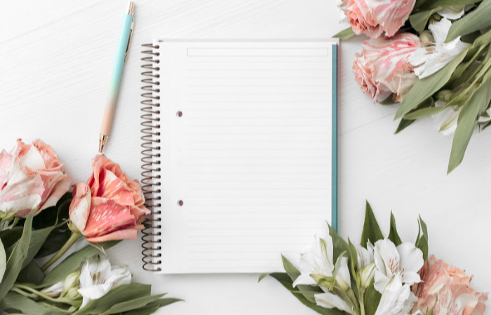 4 Powerful Tools That Keep My Office Paper Clutter Free