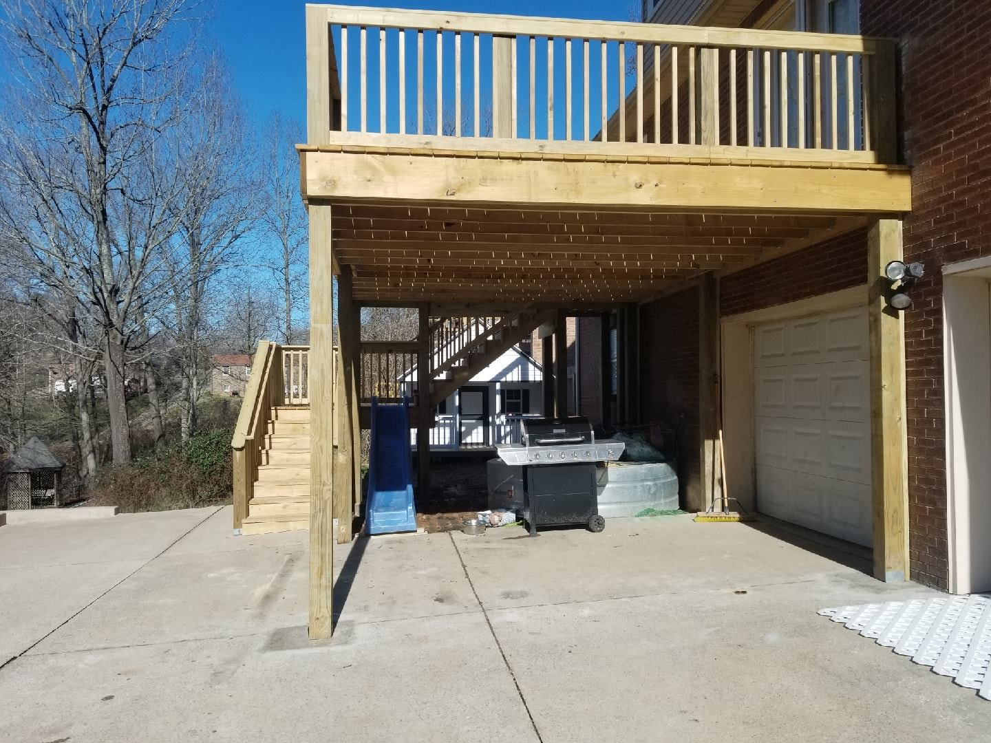 Enhance Your Outdoor Living with a Deck