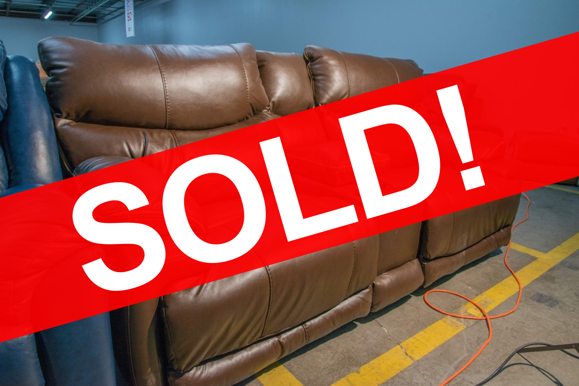 Catnapper Reclining Loveseat with Center Console SOLD