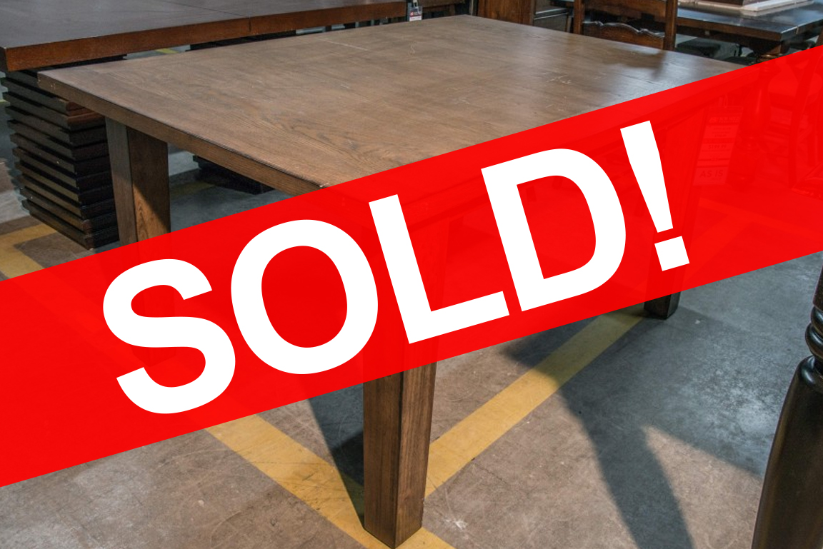 Steve Silver Hailee Dining Table SOLD
