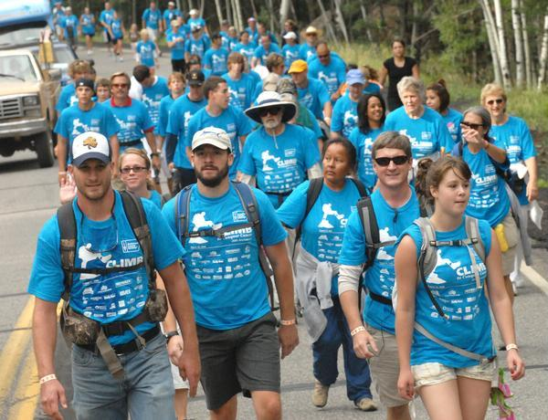 4,000-Strong Walk for a Cancer Cure