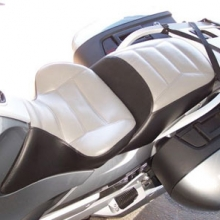 BMW R1200RT: Solo Vinyl Light Grey Insert | Rectangles