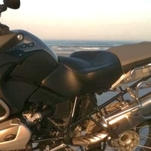 BMW R1200GS: Day-Long Solo Black | Halfmoon Pattern