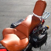 Harley-Davidson Springer Soft Tail: Solo All Leather with Studs