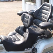 Honda GL 1500: Dual Leather Inserts with Rectangles & RCP Backrest