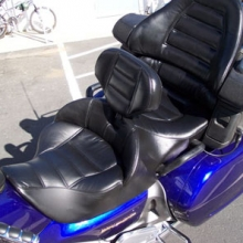 Honda GL 1800: Dual Black Vinyl with Rectangles and RCP Backrest