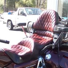 Honda GL 1800 Trike: Dual Red Leather