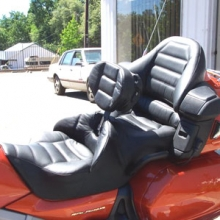 Honda GL 1800: Dual Day-Long All Leather. Rectangle Pattern - RCP Backrest