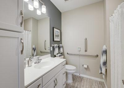 Havenwood of Onalaska Bathroom