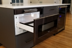 Island mounted Microwave Drawer