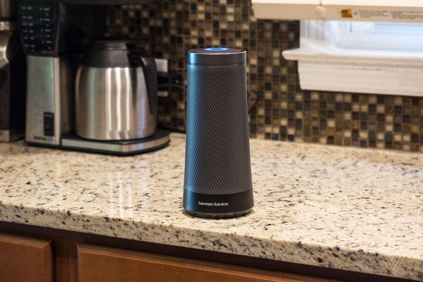 Harman Kardon Invoke speaker with Cortana sihmar