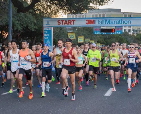 3m half marathon start line
