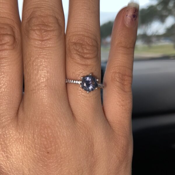 Blue Sparkling Crown Solitaire Statement Rings demo pic