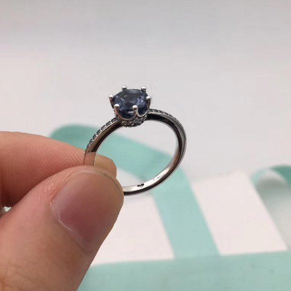 Blue Sparkling Crown Solitaire Statement Rings