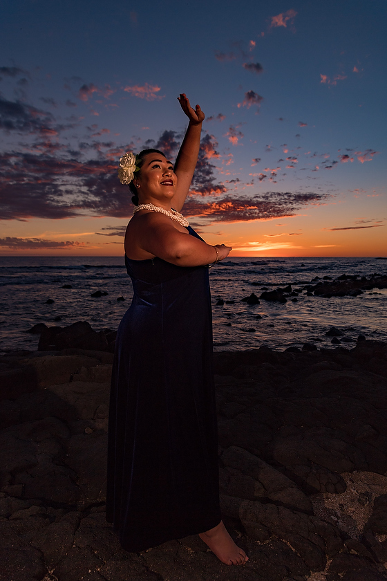 Learning to light a Hawaiian Dancer with sunset