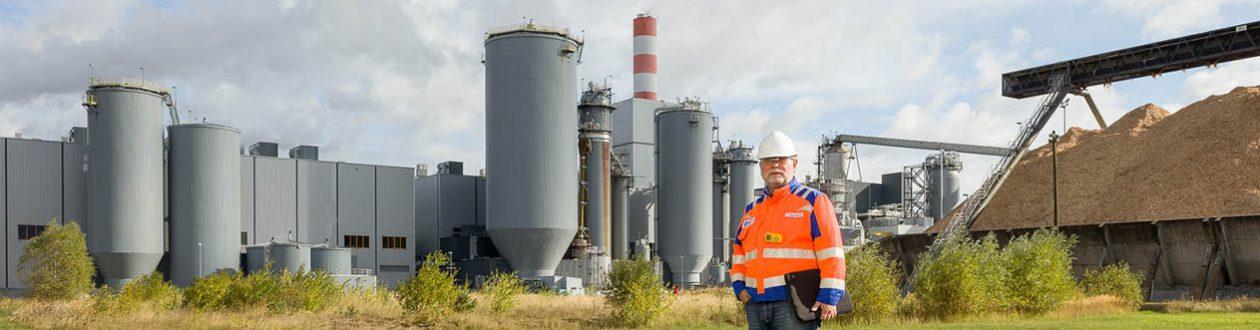 Adolf Koppensteiner, Mercer, outside of the Mercer Stendal pulp mill in Arneburg, Germany