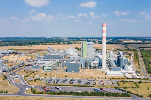 Aerial view of the Mercer Stendal pulp mill near Arneburg, Germany