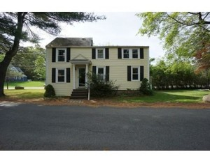 43 Bannister Rd Andover MA