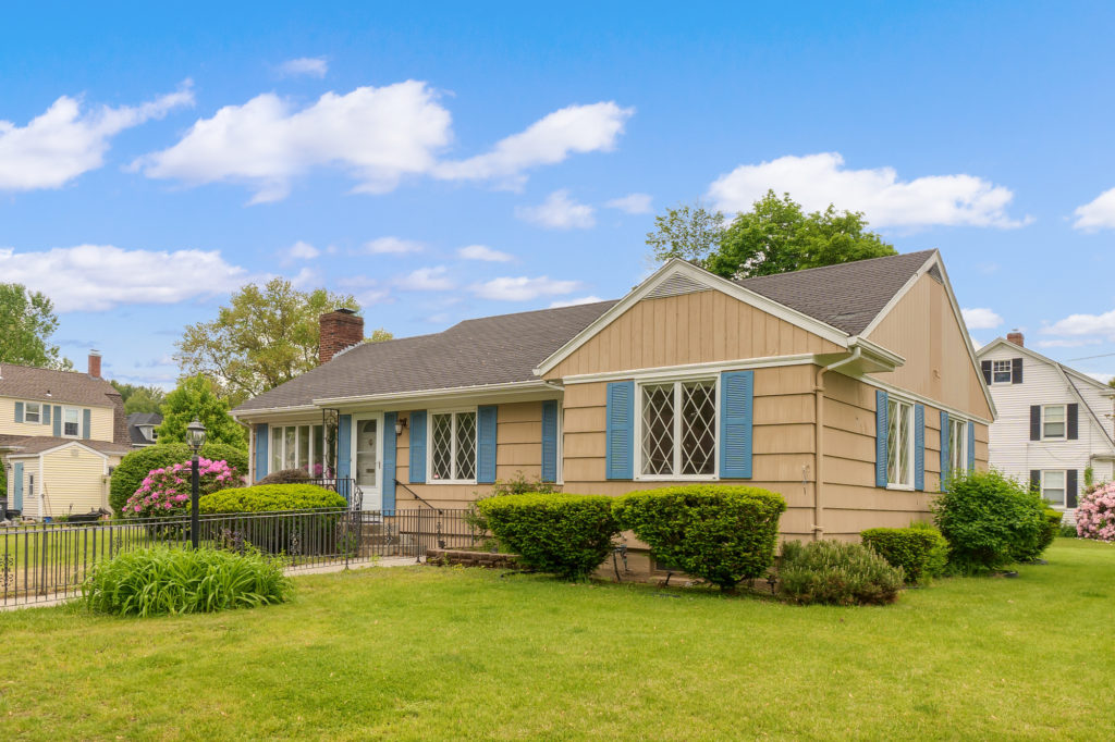 Ranch for sale in Haverhill