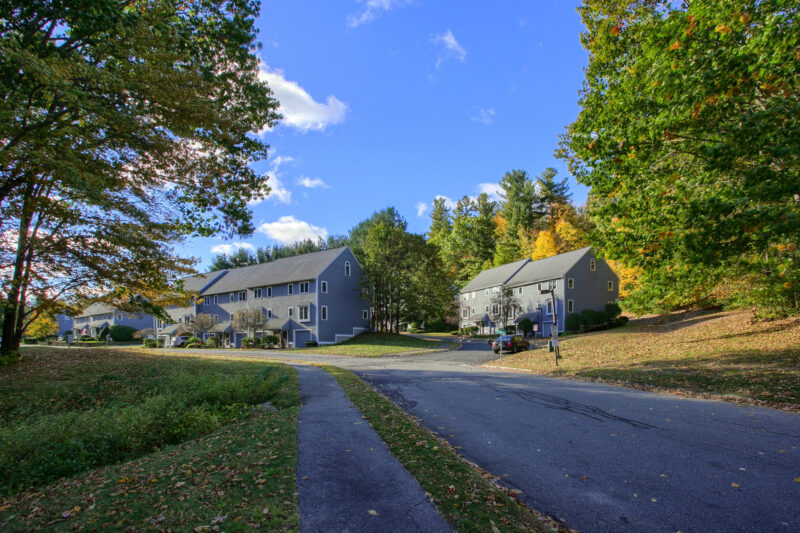 Country Hollow Village, Haverhill, MA