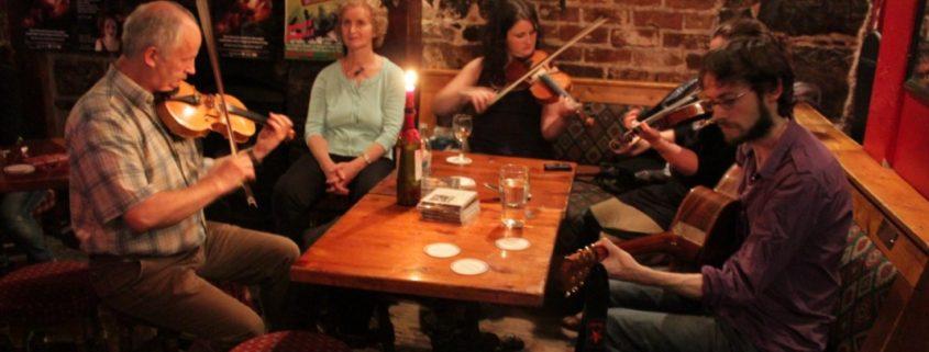 Irish pub, irish beer, irish music, jameson whiskey, guiness on draft, irish pub