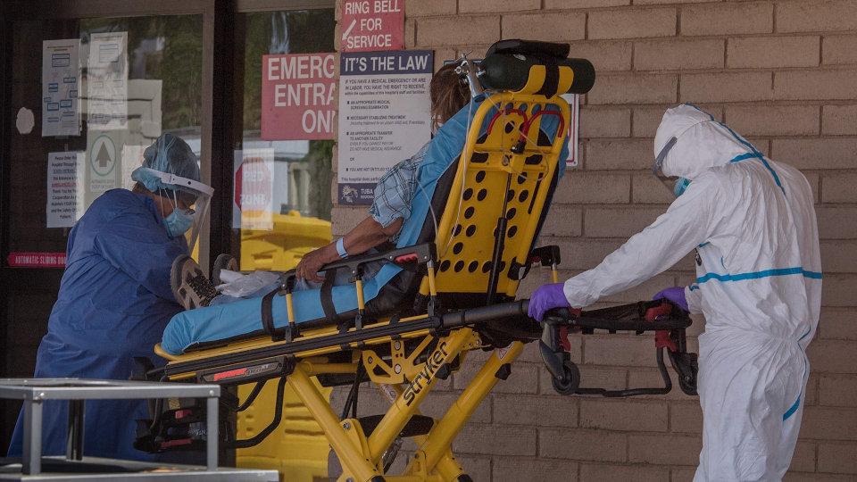 Medical-Supply Firm Sues Bank Over Broken Coronavirus Deal