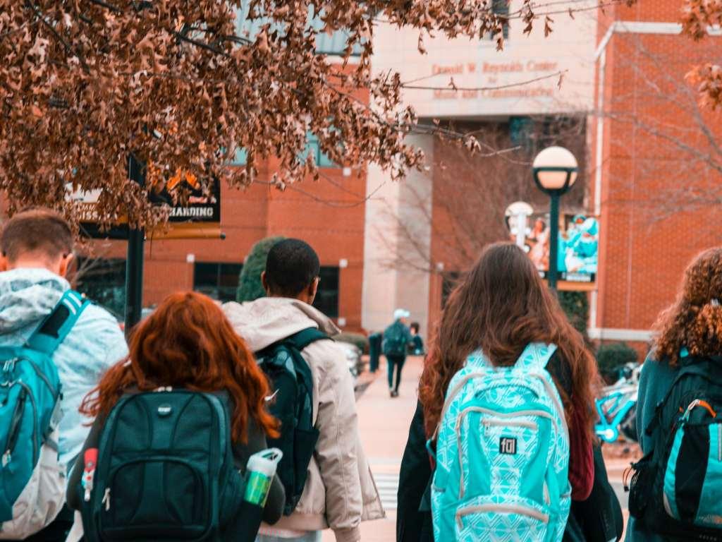 atraer-nuevos-estudiantes-institucion-educativa-marketing-de-contenidos