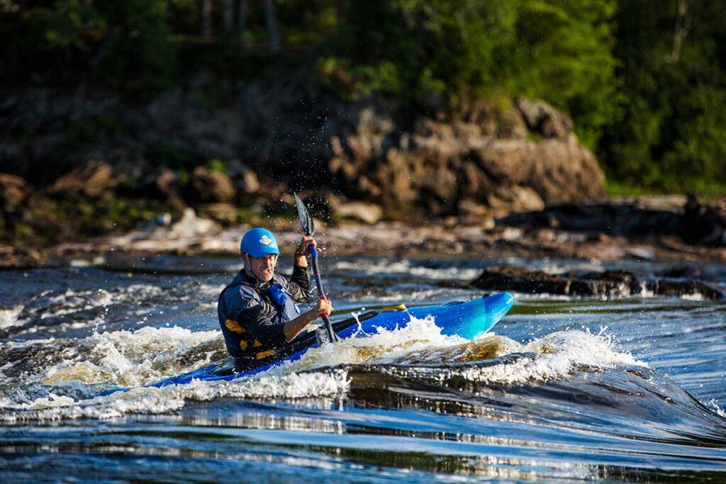 Learn River Running Kayak Skills on the Ottawa River