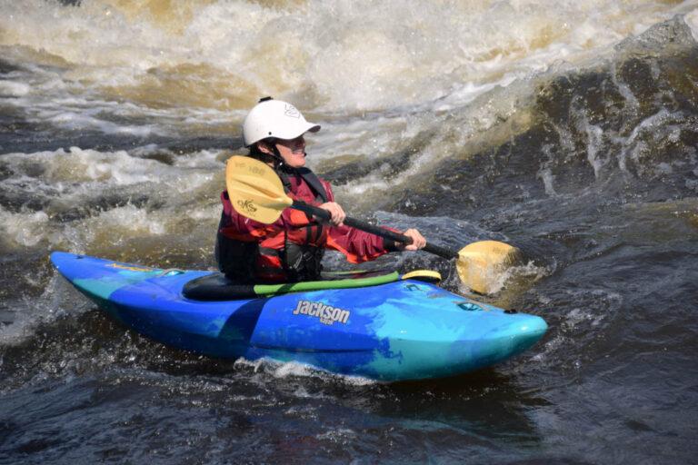 Adult Beginner Ottawa Kayak School National Whitewater Park Wilderness Tours