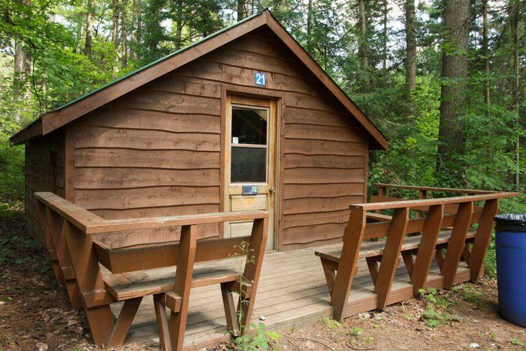 Cedar Cabin Accommodation Rentals at Park Village