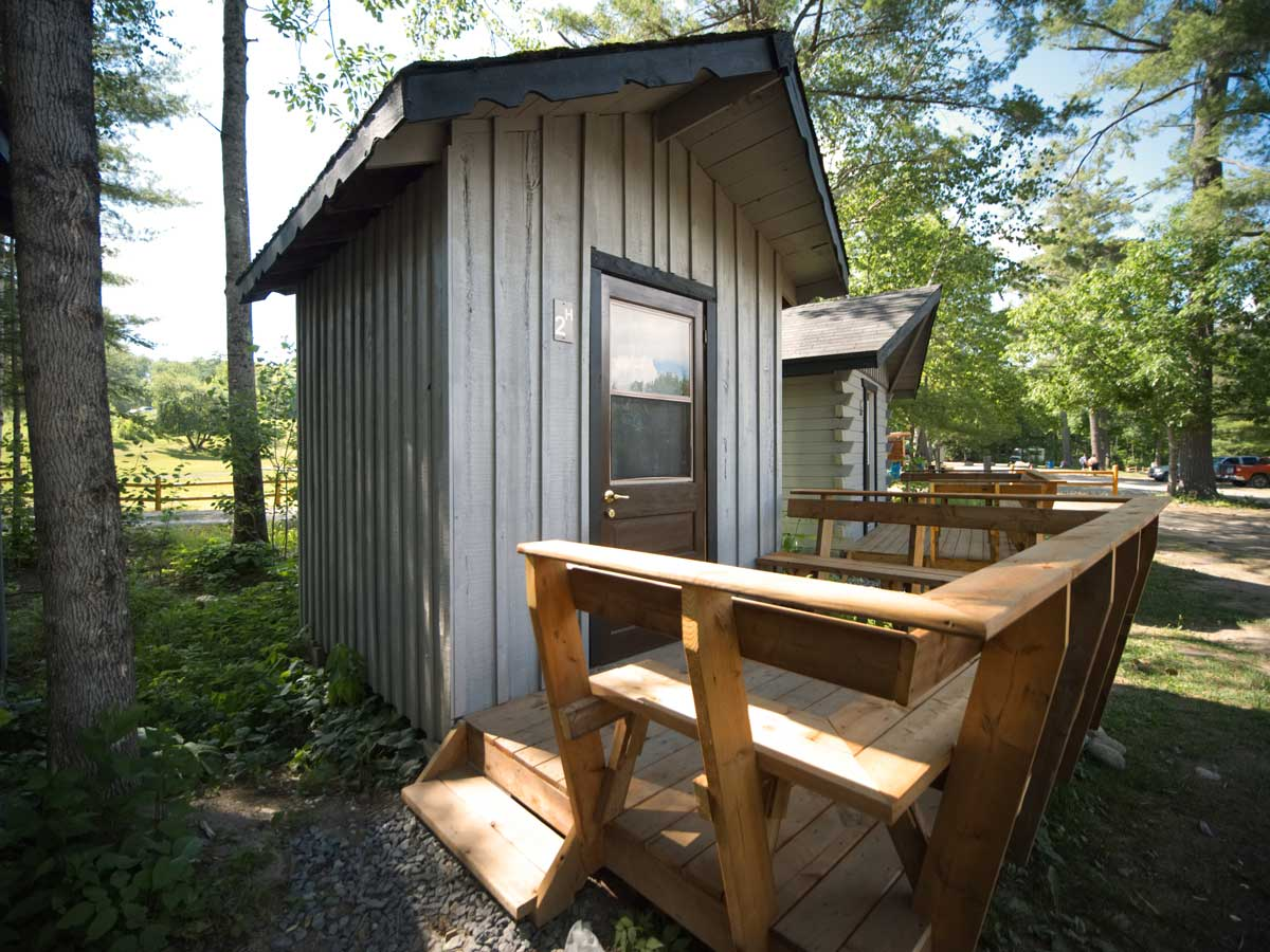 Hostel Cabin Mini Accommodation at Wilderness Tours
