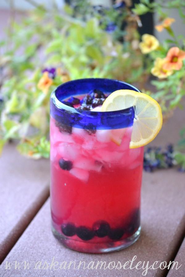 Blueberry infused vodka lemonade | Ask Anna