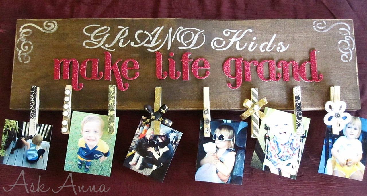 DIY photo clipboard, the perfect gift idea for the grandparents. They will love them for years to come and each year you can give them new pictures to hang on it.
