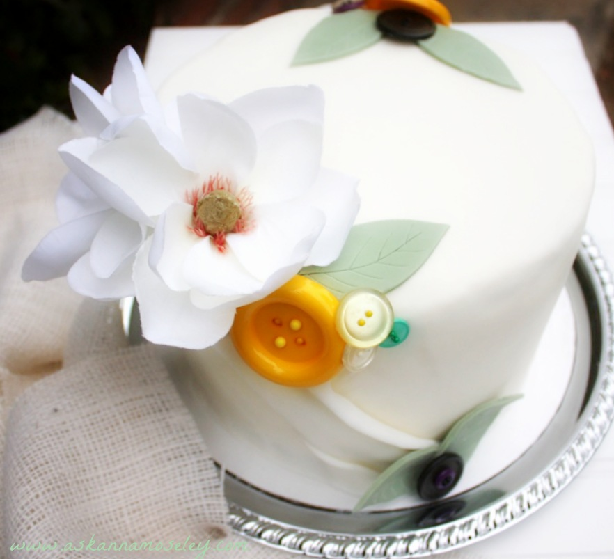 Button cake and a vintage bridal shower - Ask Anna