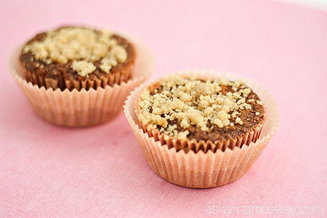 Gluten free banana chocolate chip muffins - Ask Anna