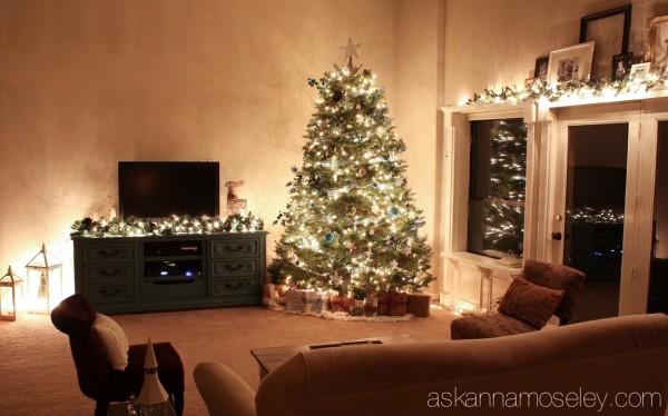 Peacock Christmas tree - Ask Anna