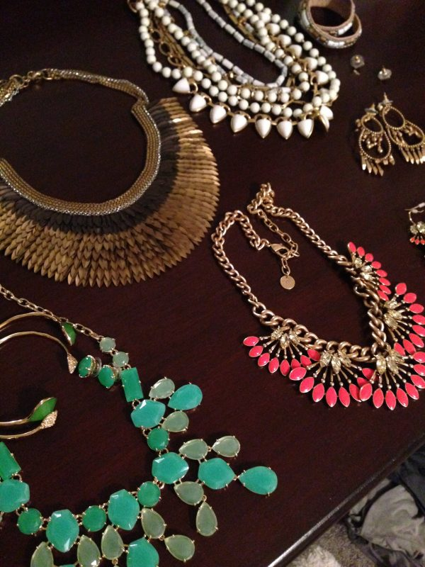 How to pack jewelry for a trip - Ask Anna