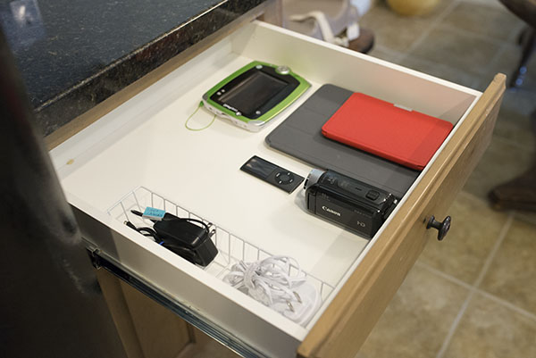 How to Set up a Charging Station for Multiple Electronics - Ask Anna