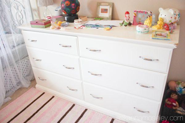 Girl's room makeover -before