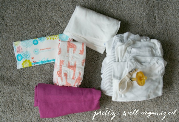 How to Pack an Organized Diaper Bag