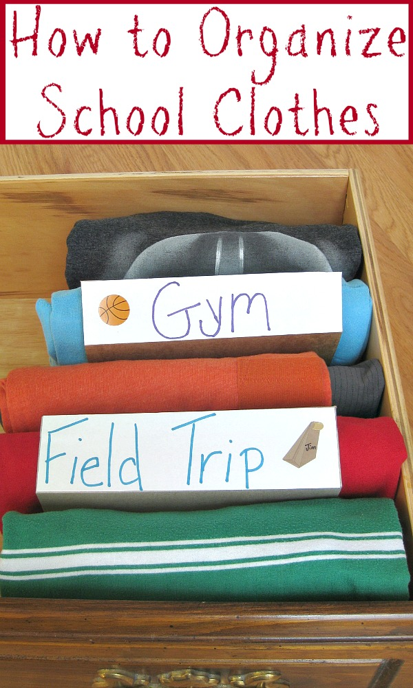 How to Organize School Clothes