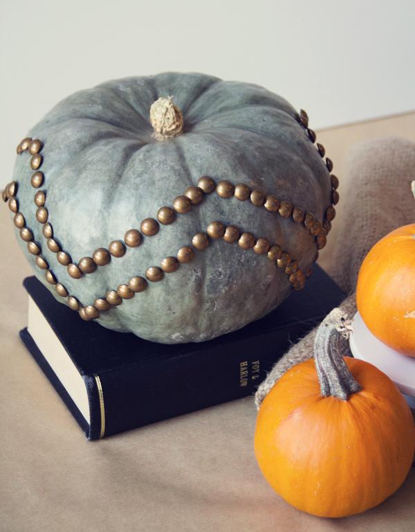 Nailhead trim pumpkin